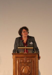 Christine Strobl auf der Regionalen Wohnungsbaukonferenz im März 2015 | Foto: LHM