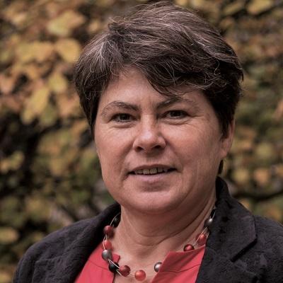 Dr. Michaela Schier